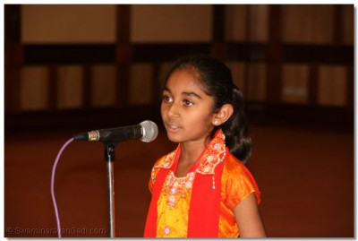 A young devotee narrating a story of Laxman Bhagat of Rampur