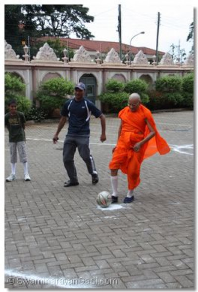Acharya Swamishree ready to take a penalty kick