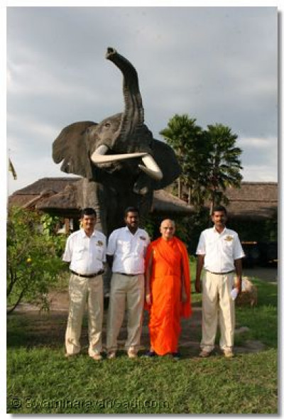 Management staff of Mweya Lodge with Acharya Swamishree