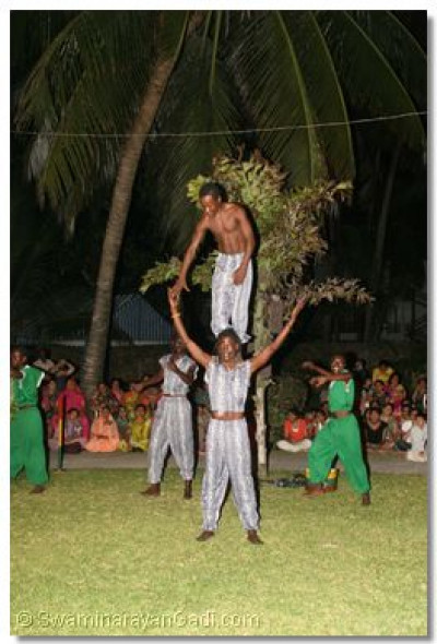 """Future Stars"" of Shanzu village, Mombasa perform at the game's shibir"