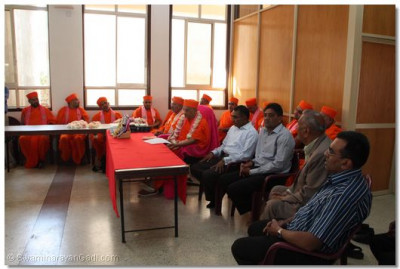 Padharamani at Gujarati classes