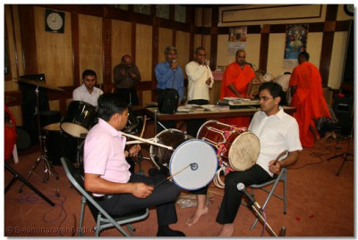Musicians taking part to please the Lord during raas