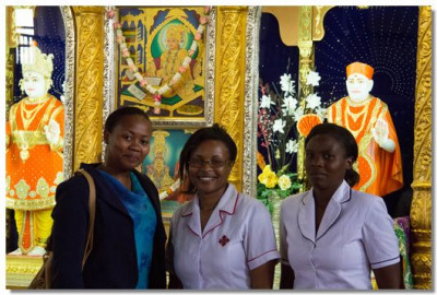 Dr Salome Wanjohi and her nurses take the blessings from the Lord