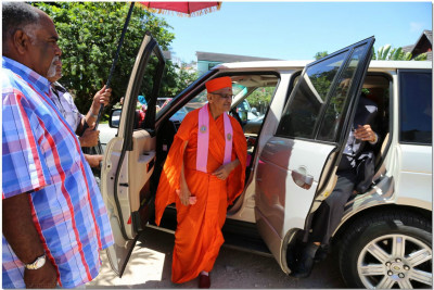 Acharya Swamishree at Wasons Beach Resort