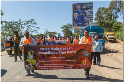 Shree Muktajeevan Swamibapa Pipe Bands get ready to perform for the Wildlife Conservation Rally