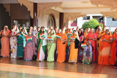 Devotees present for India's 67th Republic day celebrations