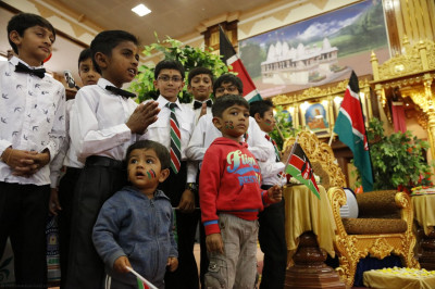 Young patriotic devotees present during the celebrations