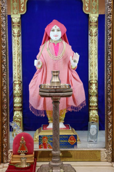 Divine mangla darshan of Lord Shree Swaminarayan