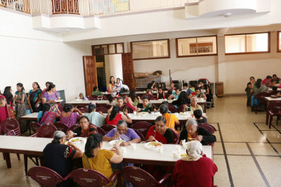 Devotees having lunch