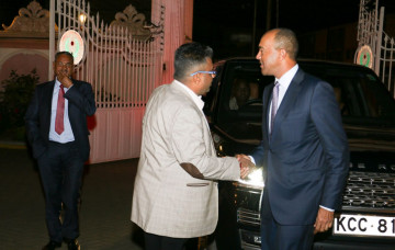 Peter Kenneth visit to Shree Swaminarayan Mandir Nairobi