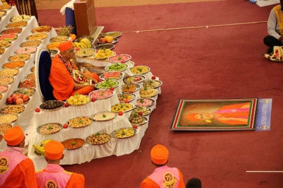 Acharya Swamishree's 75th birthday annakut darshan