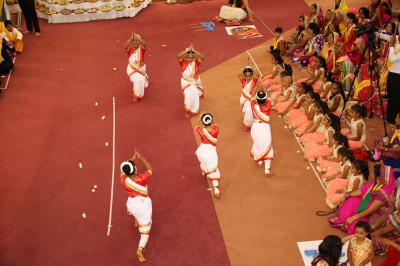 Yound devotees perform a classical dance