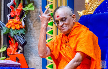 Acharya Swamishree Maharaj Ashirwad - Nairobi 8th Jan 2018