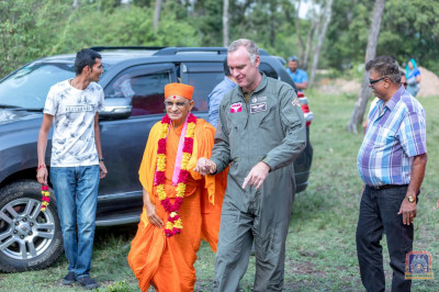 H.D.H Acharya Swamishree arrives at the Head Office of Mara Elephant Project Trust