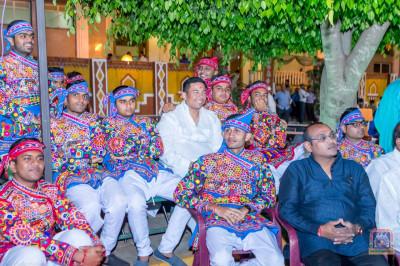 Dance performers enjoy the shakotsav