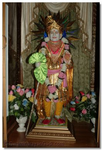 The divine darshan of Jeevanpran Bapashree