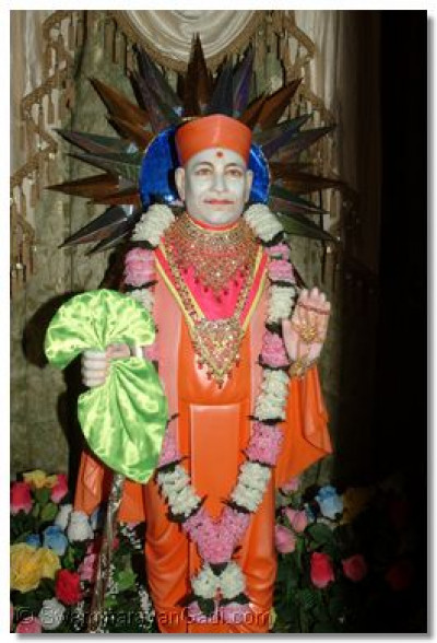 The divine darshan of Jeevanpran Swamibapa