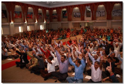 Hundreds of disciples gather together from around the world to take part in the Shree Swaminarayan Temple Dashabdi Festival (10th Anniversery)