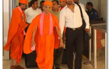 Acharya Swamishree Arrives New Jersey