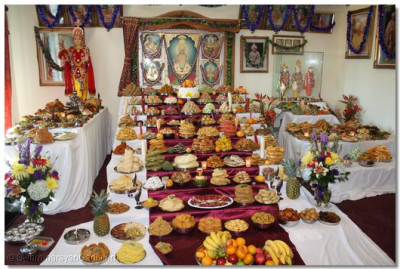 Numerous items were prepared to please Lord Swaminarayanbapa Swamibapa
