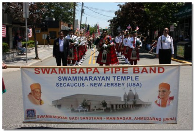 Band volunteers with Swamibapa Pipe Band at the Secaucus Township Memorial Day Parade