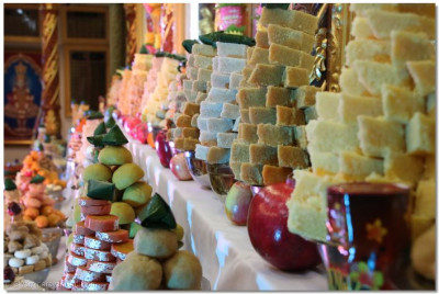 A multitude of sweets offered to Lord Swaminarayanbapa Swamibapa in the annkut