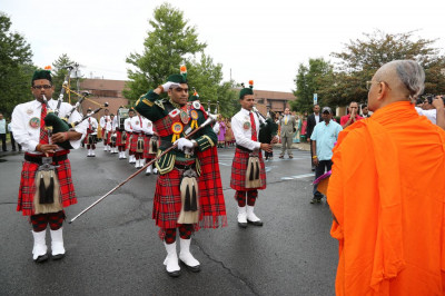 Swamibapa Pipe Band performs a salute to Lord Swaminarayanbapa Swamibapa and Acharya Swamishree
