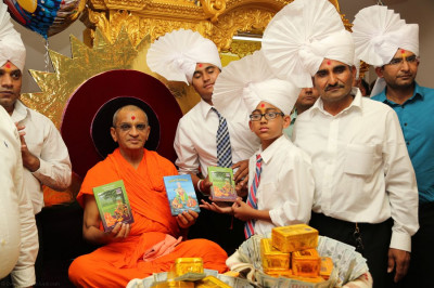 Acharya Swamishree inaugurates several scriptures as a part of the celebrations