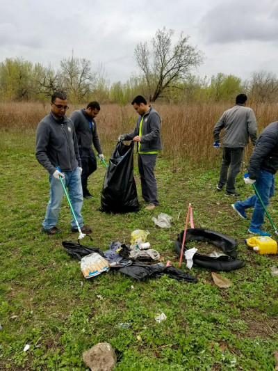 Members of Shree Swaminarayan Temple New Jersey volunteer in Secaucus Township to pick up waste discarded on the sides of the road for Earth Day