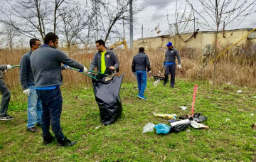 New Jersey Mandir volunteers on Earth Day