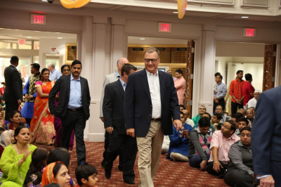 Honored guests, including Secaucus Mayor Michael Gonnelli, local politicians, and local charity organizers, are welcomed during the Diwali and New Year celebrations
