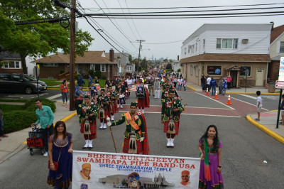 Shree Muktajeevan Swamibapa Pipe Band USA marches in the annual Town of Secaucus Memorial Day Parade