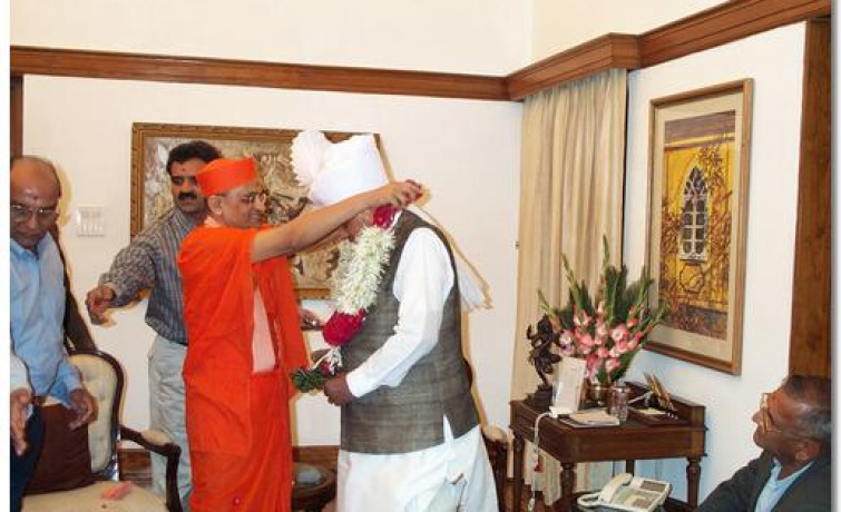 Acharya Swamishree's Meeting with Prime Minister of India