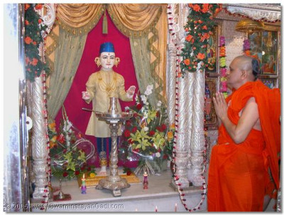 The divine Mangla darshan of Shree Ghanshyam Maharaj and His Divine Holiness Acharya Swamishree on New Years Day