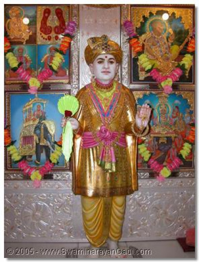 The divine darshan of Jeevanpran Abji Bapashree