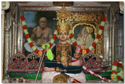 Shree Sahajanand Swami Maharaj is ready with His swords and daggers, to protect His devoted disciples from their enemies, in the form of lust, greed, anger, etc.