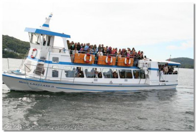 Many boats were used to accommodate devotees for the boat trip on the lake