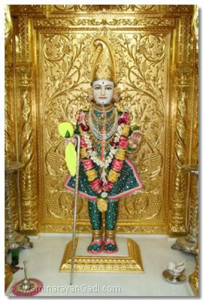 Divine darshan of Lord Swaminarayan at Maninagar