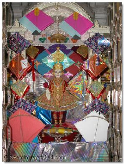 Divine darshan of Lord Swaminarayan in Maninagar