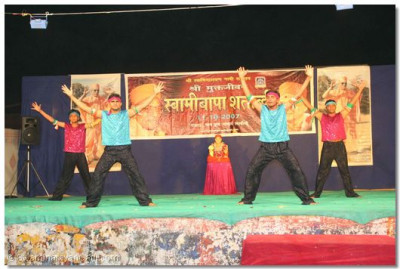 A modern dance performance by disciples