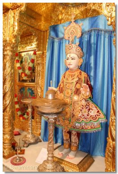 Divine darshan of Lord Shree Swaminarayan at Maninagar Temple