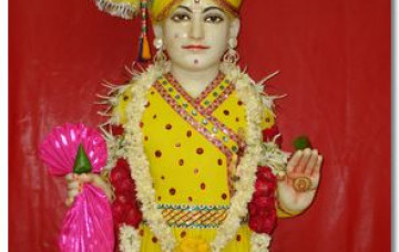 Divine Chandan Darshan of Shree Ghanshyam Prabhu