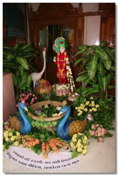 A splendid display made by Swamibapa's sants, and placed before the Lord on the day of Dhan Teras, Sunday 26 October 2008