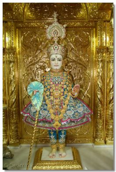 Divine darshan of the Lord on new year