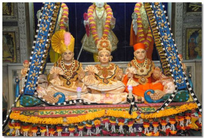 Divine darshan of the Lord at Bavla