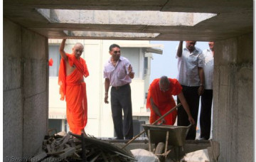Building Work in Mumbai Temple