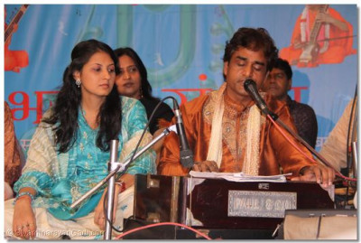 Shradha Shridharani and colleage in performance