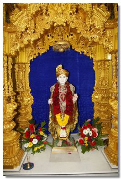 Divine darshan of Jeevanpran Bapashree