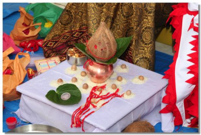 Poojan ceremony items