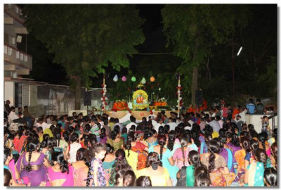 The performances were held in the grounds of Varodara temple